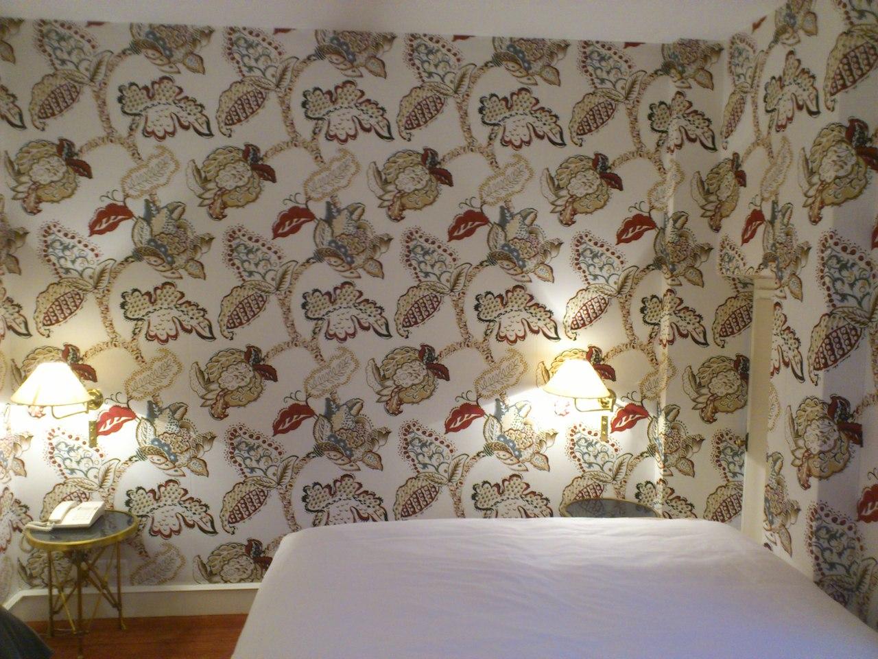 tentures murales. Black Bedroom Furniture Sets. Home Design Ideas